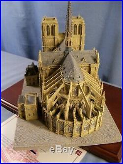 Danbury Mint NOTRE DAME Historic Catholic Church Series Sculpture Figure with COA