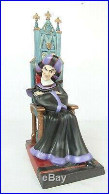 Disney WDCC 4008949 Hunchback of Notre Dame Frollo Malevolent Magistrate withCOA