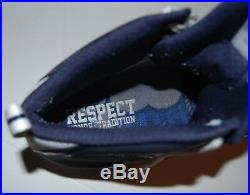 IAN BOOK signed (NOTRE DAME FIGHTING IRISH) GAME USED Cleat shoe WithCOA C
